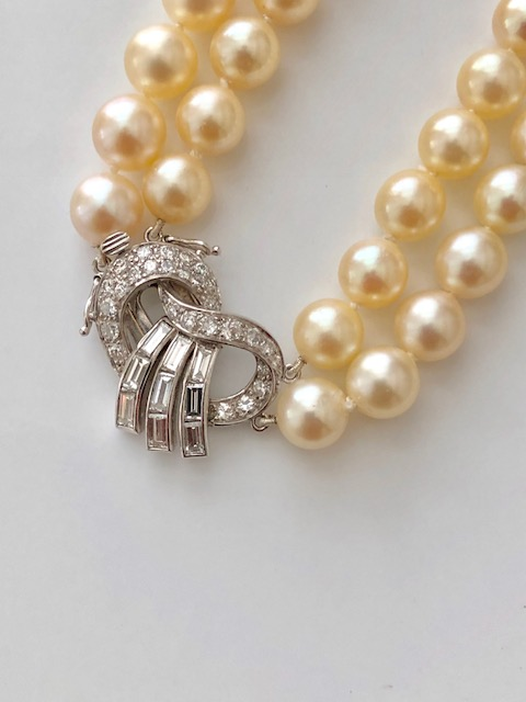 C1000   Pearl Necklace