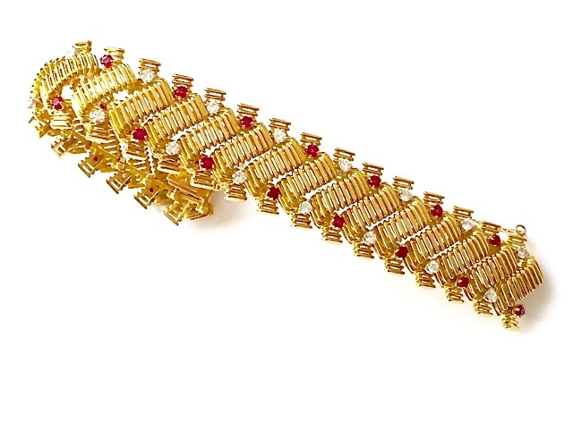 A-0233 Diamond & Ruby bracelet