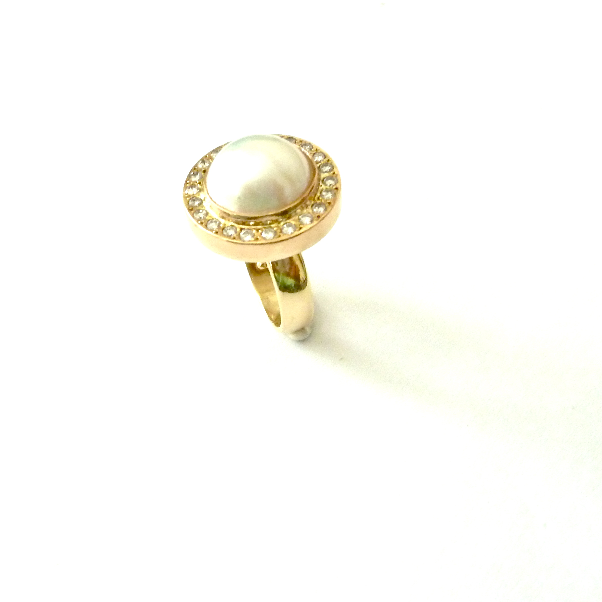 R-0092 Pearl ring