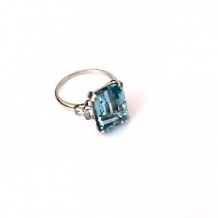 R-0137 Aquamarine ring